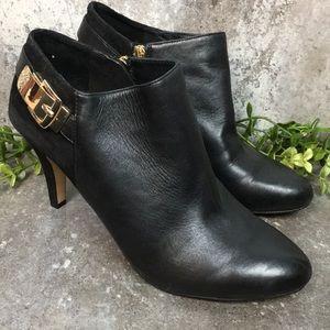 VINCE CAMUTO  Leather Zip Up Bootie Heels